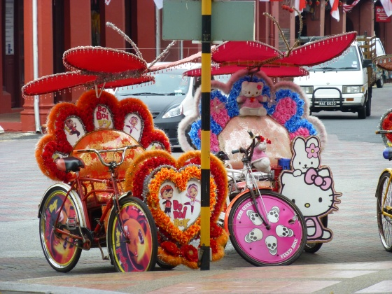 Heavenly decorated trishaws - they are also equipped with a stereo and at night you see them as they have small and colourful lights all over