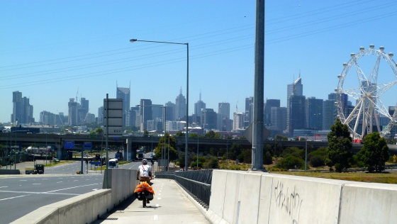 Cycling into Melbourne